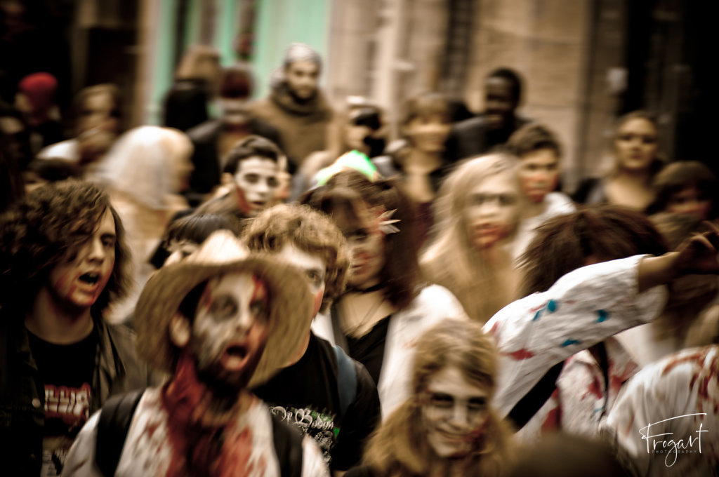 Zombie-Walk-Bordeaux-2011-3.jpg