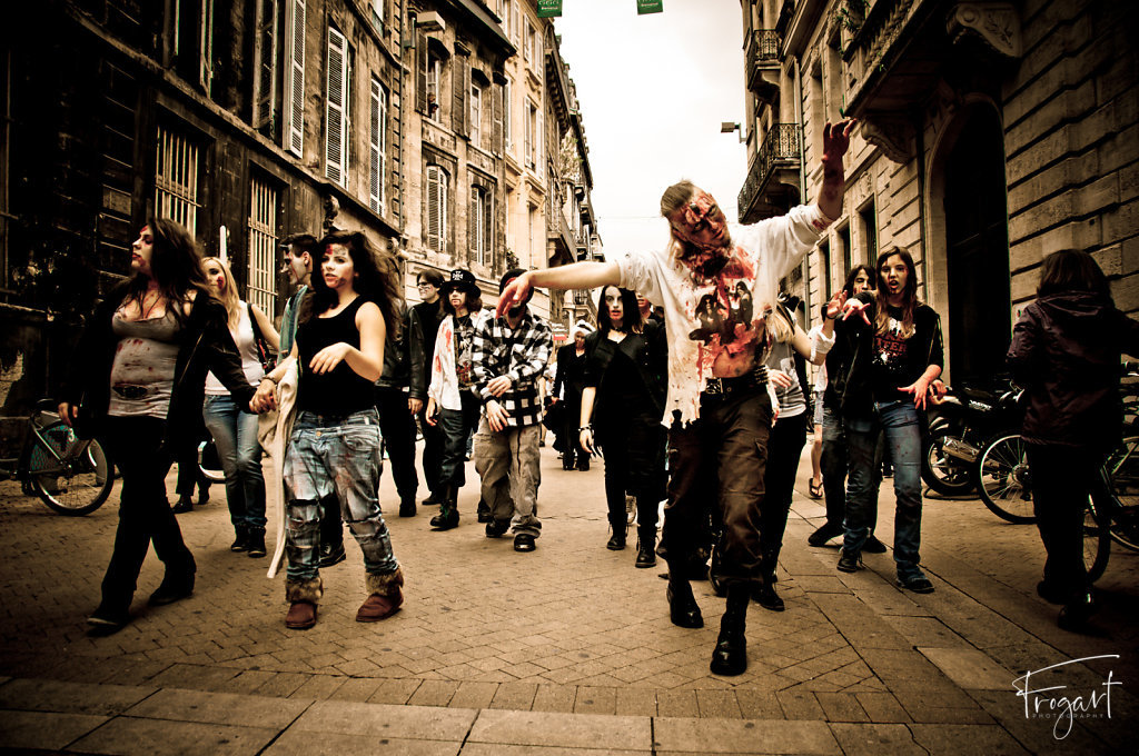 Zombie-Walk-Bordeaux-2011-7.jpg