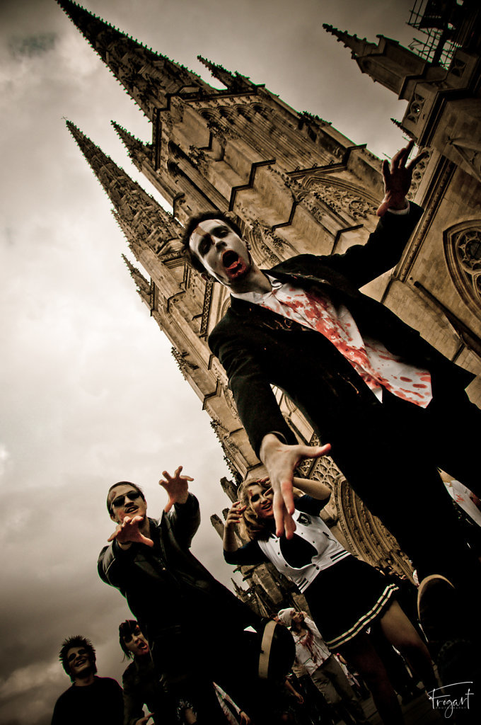 Zombie-Walk-Bordeaux-2011-9.jpg