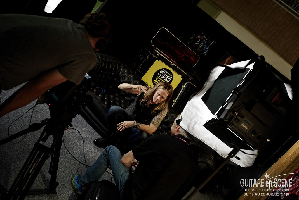 GES2018-the-dead-daisies-Interview-Shooting-5.jpg